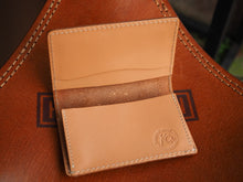 Load image into Gallery viewer, KC's leather 雕花 Card case