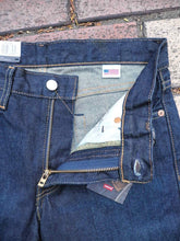 Load image into Gallery viewer, Levi's 511 Made in USA