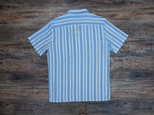 Load image into Gallery viewer, Levi's Cubano Shirt