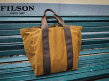 Load image into Gallery viewer, Filson tin cloth tote bag