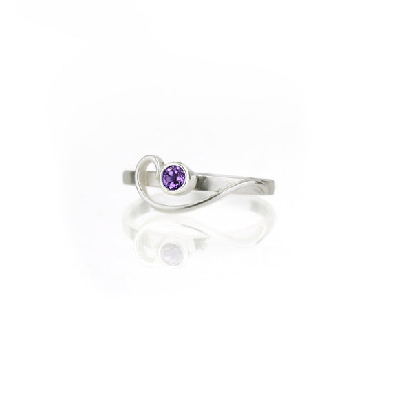 Arabesque Ring with Amethyst