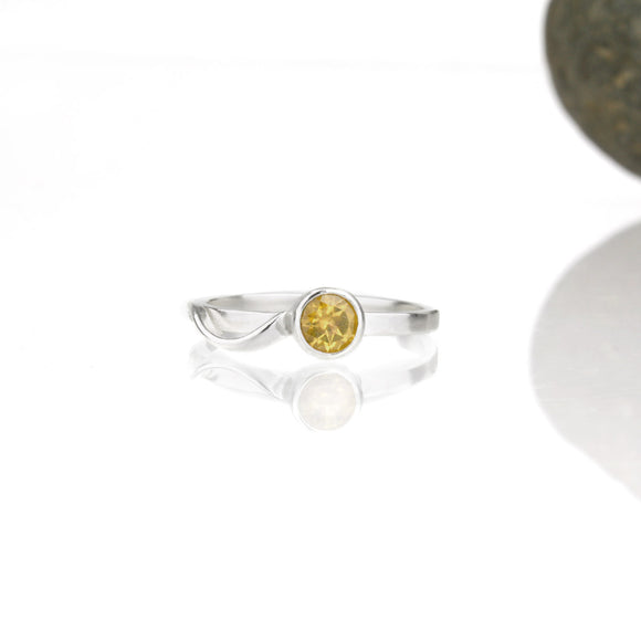 Cascade Ring with 5mm Citrine