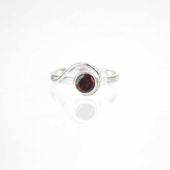 Spiral Ring with 5mm Garnet