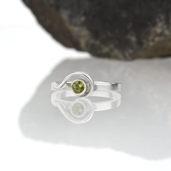 Spiral Ring with Peridot
