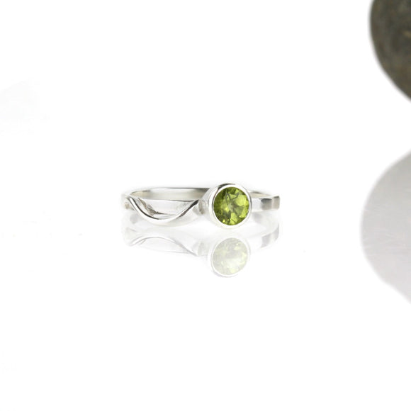 Cascade Ring with 5mm Peridot