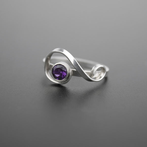 Treble Clef Ring - Amethyst (February Birthstone)