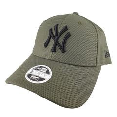 New York Yankees Women's 9Forty Urban Tech Cap Green