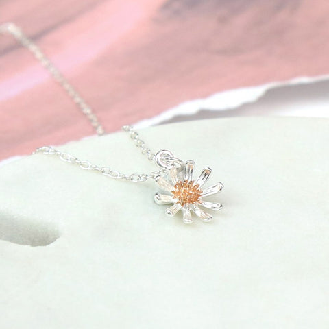 PM Sterling Silver And Gold Daisy Necklace