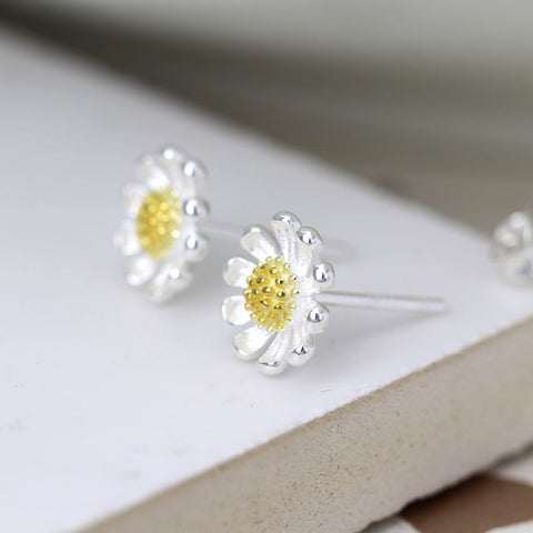 PM Sterling Silver And Gold Daisy Stud Earrings