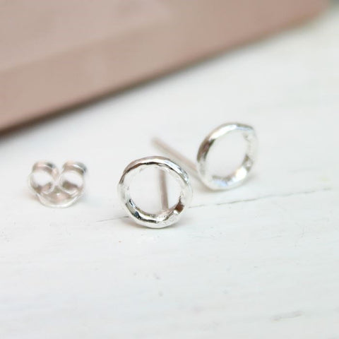 PM Sterling Silver Hammered Circle Stud Earrings