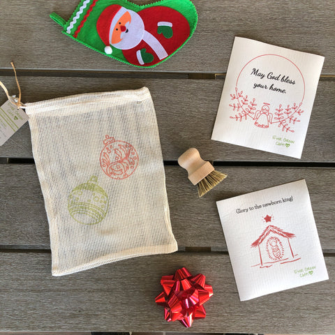 Christmas Bundle 1 - Baby Jesus - Christmas (2 Sponge Cloths, 1 Beech Wood Brush, 1 Cotton Mesh Bag)