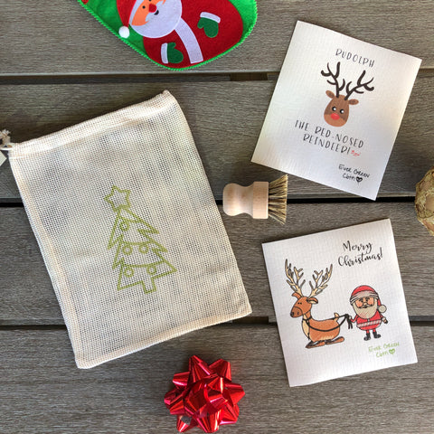 Christmas Bundle 2  - Santa Claus (2 Sponge Cloths, 1 Beech Wood Brush, 1 Cotton Mesh Bag)