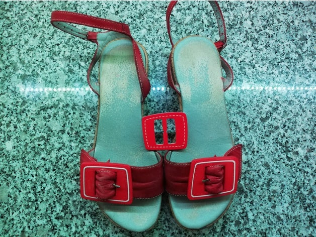 buckle shoe by 404notfound