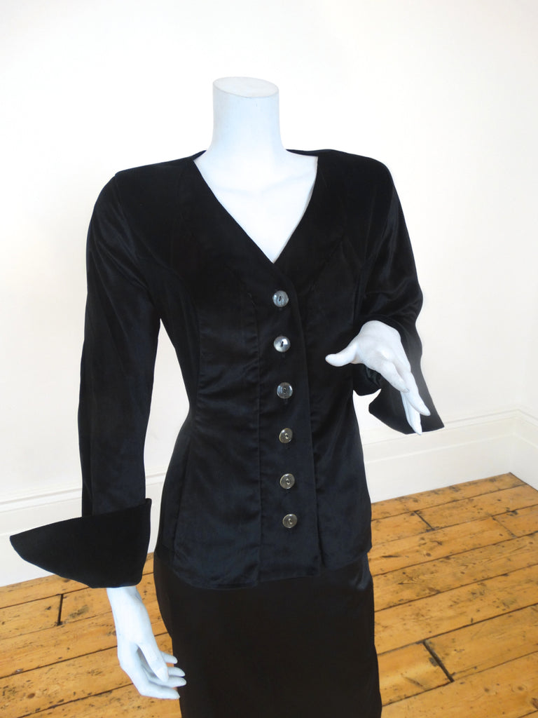 Scala Contrast Velvet Collarless Jacket