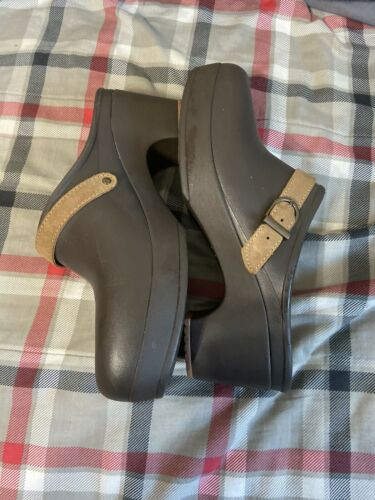 Womens Brown Sip On Croc Clogs Sz 8
