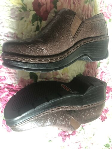 Klogs Womens Leather Slip On Nursing. Clogs Floral Brown Sz 6