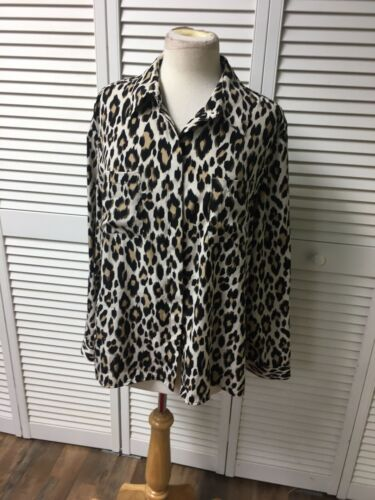 Chicos 2 Women's Leopard Print Long Sleeve Button-Down Blouse Silky Feel