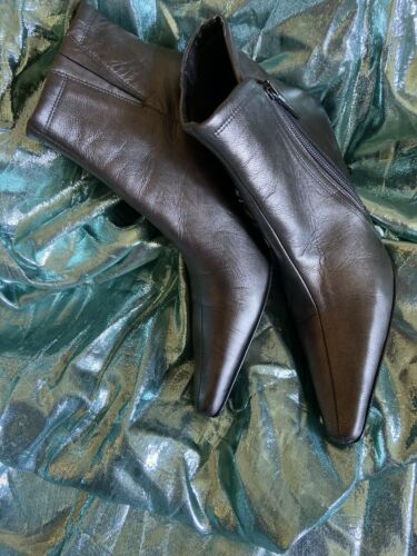 Womens Donald J Pilner Metallic Bronze Copper And Brown Booties Sz 7