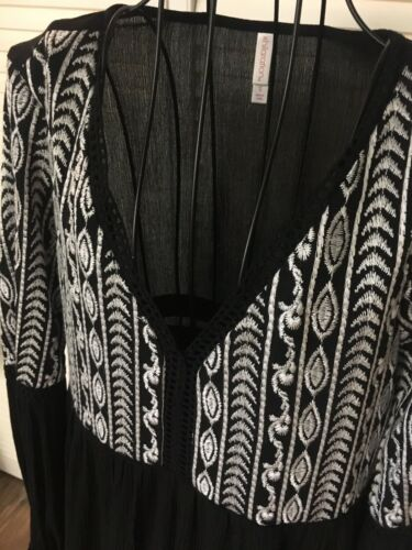 Xhilaration Women's Sz S Black Dress W/ White Design At Top, Long Sleeves NWT