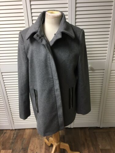 Calvin Klein Women's Size Large Coat Grey Zipper Closure And Pockets 61% Wool