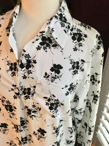 Crazy Horse Liz Claiborne Women's Sz M Long Sleeve Button Down White Blk Floral