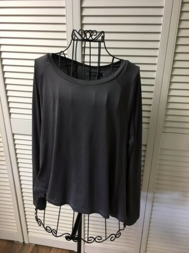 American Eagle Women's Sz S Soft And Sexy Long Sleeve Grey Blouse Pleated Back