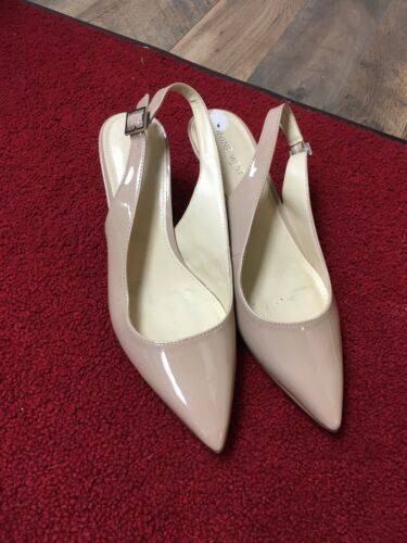Nine West Women's Size US 8.5 Beige Heel Sling Back Closed Pointed Toe