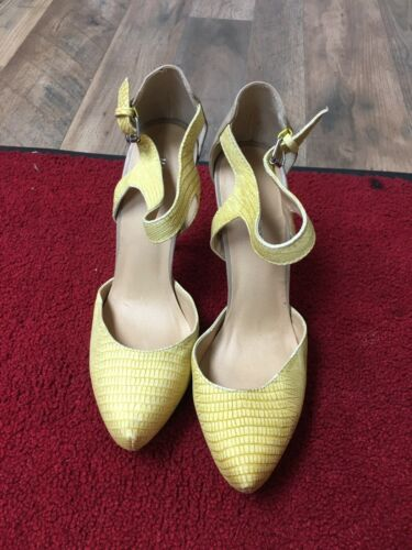 Marco Santi Women's Size 8.5 Yellow Heels W/ Buckle At Ankle Closed Pointed Toe