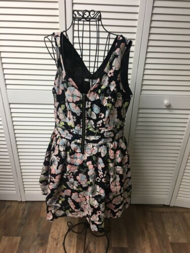 American Rag Cie Women's Size Large Floral Sleeveless Dress V-Neck W/ Zipper
