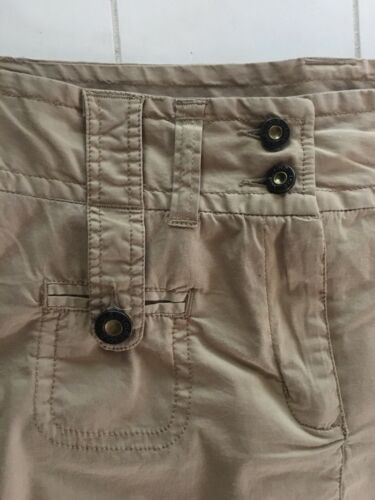 Lole Women's Size 8 Beige Colored Pencil Skirt W/ Buttons And Zipper Closure