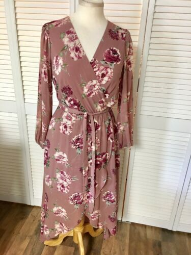 Lily Rose Women's Size Small Long Sleeve Flowy Maxi Dress V-Neck, Belt, Floral