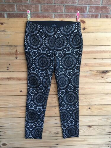 One 5 One Womens Size Medium Pants White With Black Lace Cover Elastic Waist