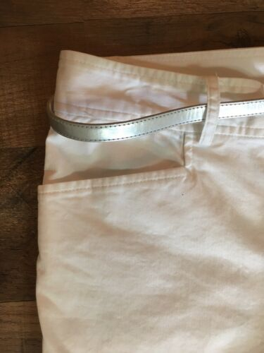 Chaps Women's Size 12 White Capri Pants W/ Pockets And Silver Belt NWT