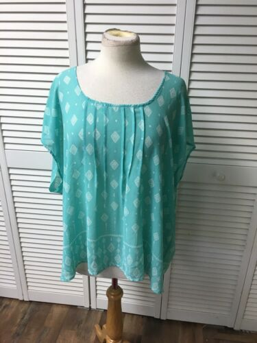Torrid Size 2 Women's Sheer Short Sleeve Blouse Open Back Teal Blue W/ White