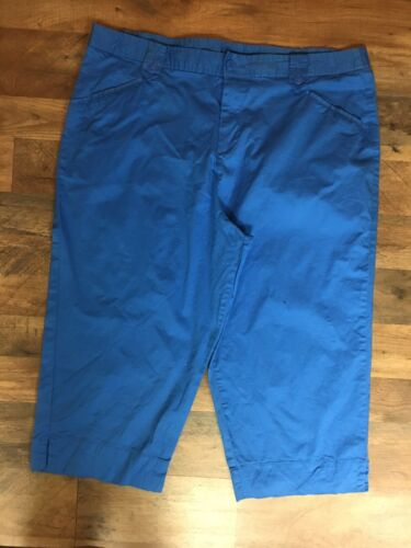 White Stag Women's Size 20W Blue Capri Pants With Pockets