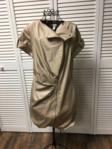 Chicos 0.5 Women's Beige Long Coat With Zip Up Front Short Sleeve