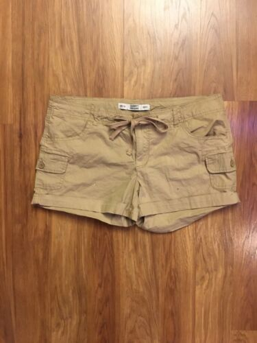 Celebrity Pink Jeans Women's Khaki Shorts Size 11 With Pockets, Drawstring Waist