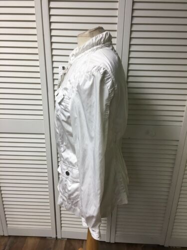 White House Black Market Women's Size 10 White Jacket Multiple Pockets