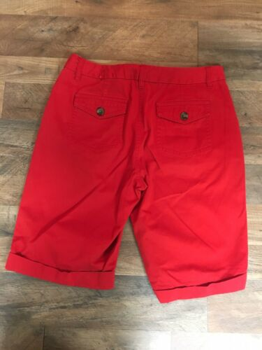 Liz Claiborne Women's Size 12 Red Audra Shorts Bermuda Length With Pockets