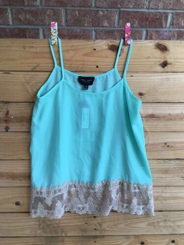 Romeo And Juliet Couture Women's Size Medium Green Tank Top W/ Lace Bottom NWT