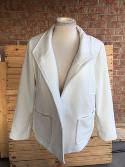 Chicos Women's Size 1 White Peacoat With Long Sleeves And Pockets