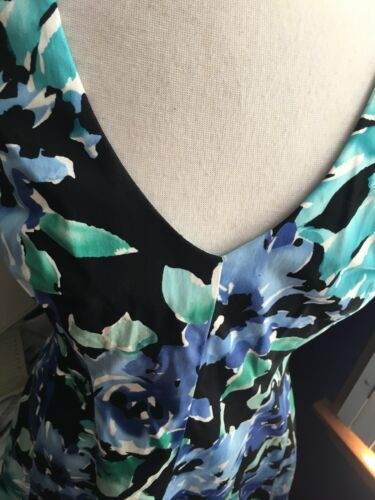 NEW Chaps Women's Sz 12 Floral Dress Sleeveless V-Neck Knee Length Zipper NWT