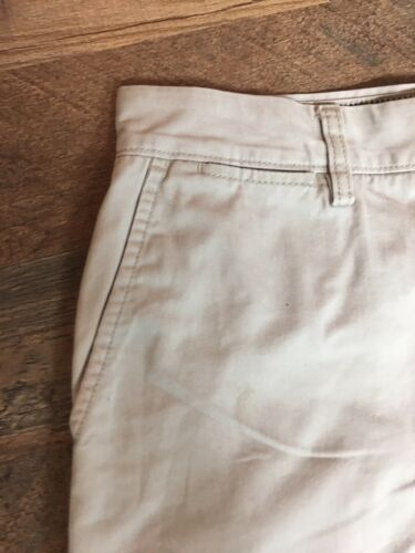 Nautica Mens Size 32W Light Beige Khaki Shorts With Button Closure Pockets