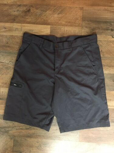 Fila Sport Golf Grey Shorts Mens Size 36 Pockets Zipper Closure
