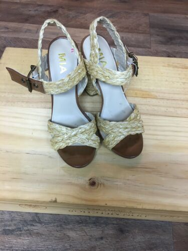 Mia Women's Size US 6.5 Heels W/ Straps Across Top And Buckle At Ankle Open Toe