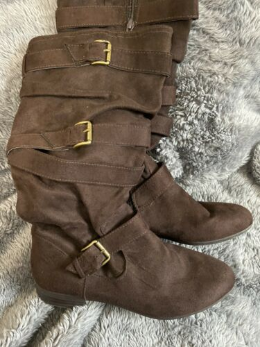 Womens Faux Suede Tan Buckle Boots Sz 10