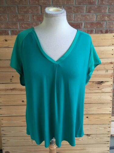 Adrienne Vittadini Womens Size XXL Green Blouse Short Sleeves V-Neck