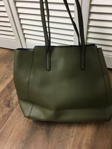 Reaction Kenneth Cole Purse Green Handbag With Magnet Closure