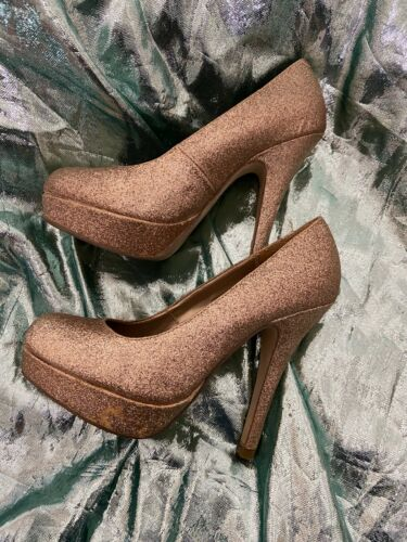 Womens Steve Madden Golden Glittery Platform Pumps 6