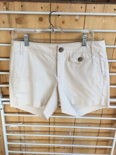 Banana Republic Women's Size 6 Light Beige Shorts W/ Pockets